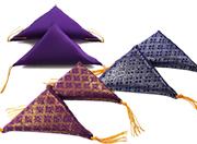 三角ふとん 金襴赤・紫 無地紫